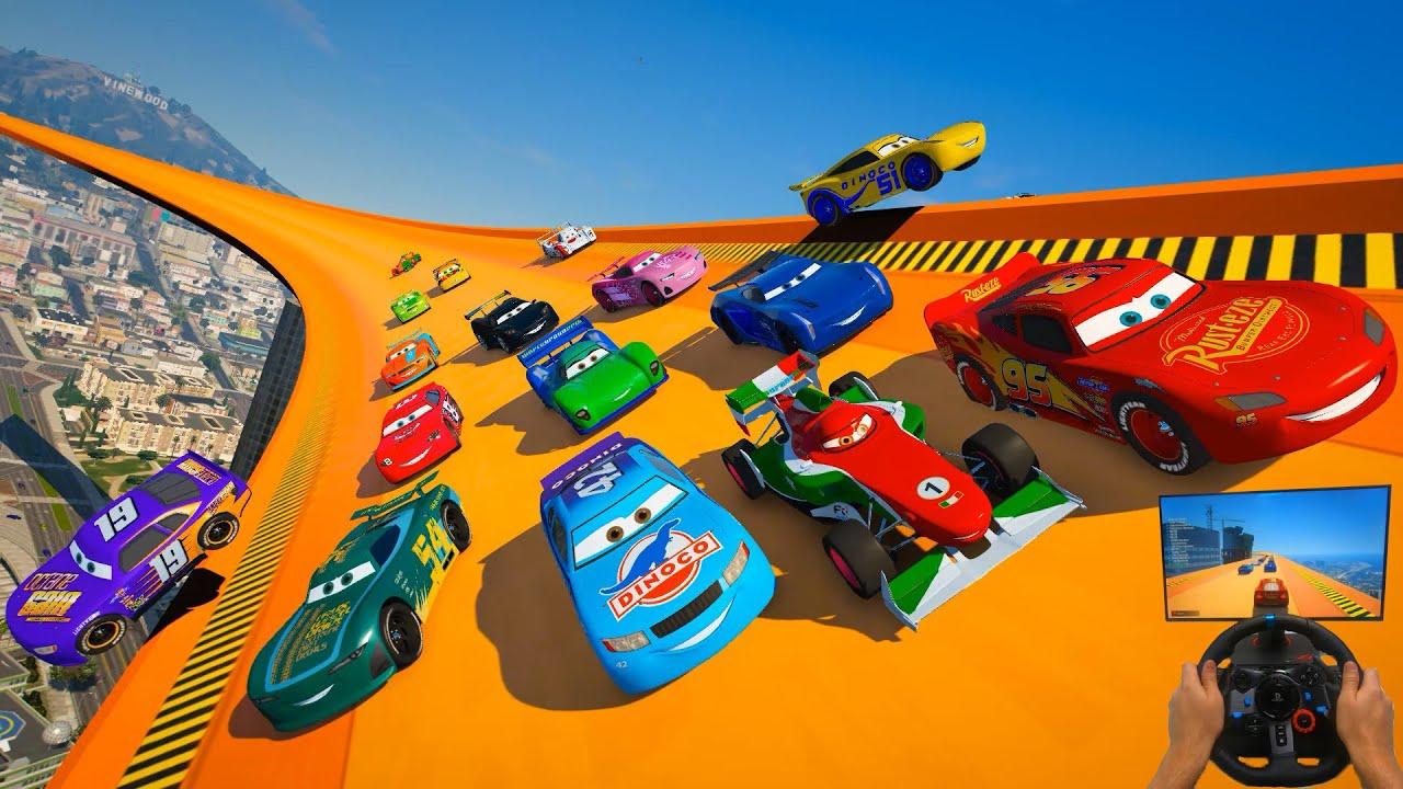 Race Crazy Cars McQueen VS Herb Curbler Jackson Storm Cruz Ramirez Francesco Cal Weathers & Friends