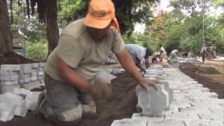 Alcaldía realiza calle adoquinada en el Barrio Santa Rosa