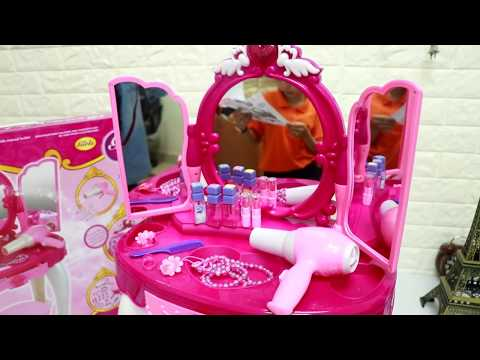 Disney Princess Makeup Kid Cosmetic Playset,Glamour Mirror and Dressing Table Set