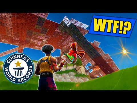 *NEW* RECORD BIGGEST BASE In Fortnite - Battle Royale! [Zombie Custom Game]