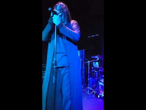 Ozz performing Diary of a Madman at Fitzgerald's San Antonio.