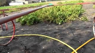 Приспособления для полива огорода своими руками(http://bit.ly/2h3yt1q электро инструменты из Китая. http://bit.ly/2g6kcBb электро инструменты в России. http://bit.ly/2gZu10N электро..., 2014-09-28T15:53:28.000Z)