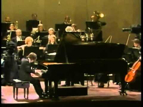 Alexei Sultanov - Rachmaninoff Piano Concerto No.2 (Winning Van Cliburn Piano Competition 1989)
