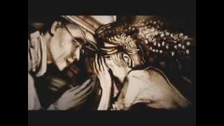 Ксения Симонова - рисует песком(Сюжет истории, посвящён борьбе всего Тайланда, так и лично Короля, со стихийными бедствиями и экологическим..., 2012-07-19T10:08:26.000Z)
