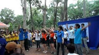 flashmob: Cant take my eyes off you