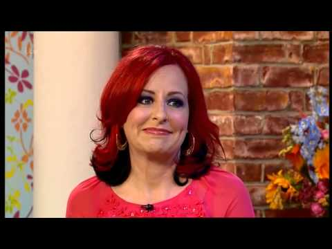 CARRIE GRANT:--: ITV This Morning - 31 July 2013 -