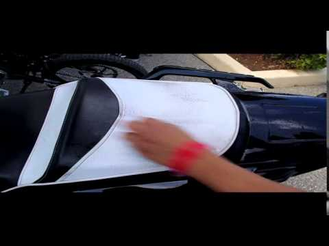 vulcanet vid o 27 d monstration nettoyage selle moto sans eau ni rin age de votre moto youtube. Black Bedroom Furniture Sets. Home Design Ideas