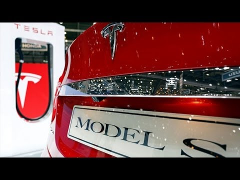 Tesla to Investigate Model S Fiery Crash