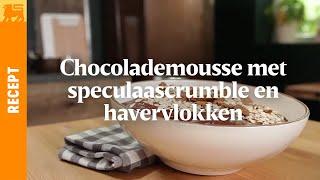 Chocolademousse met speculaascrumble en havervlokken