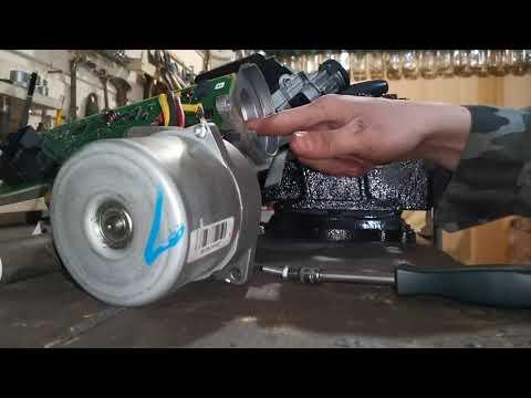 Opel Corsa D Ремонт ЭУР, замена подшипников, вибрирующие стуки в районе руля, вибрация на руле при 1