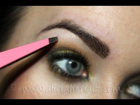 Cortar depilar y maquillar tres pasos para tener unas - Como maquillarse paso a paso ...