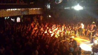 Beatsteaks - Let me in (Live, Prag 2010)