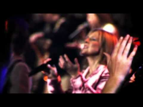 Hillsong - God He Reigns - Let Us Adore (HD)