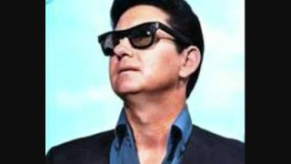 Watch Roy Orbison Sunset video