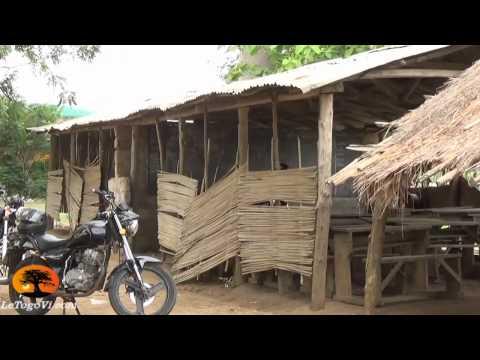 #StopFaure Une école de la République Togolaise à AMAKPAPE : 30 ans c'est trop, 10 ans ca suffit!!!