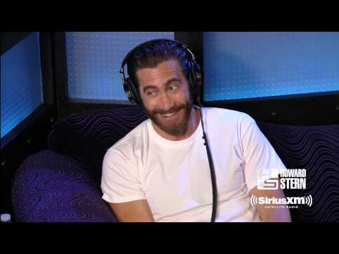 Jake Gyllenhaal and Howard Stern Discuss