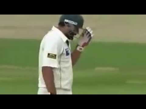 Watch it 100 times you will not stop laughing !  D   Yahoo Cricket com   Videofy low