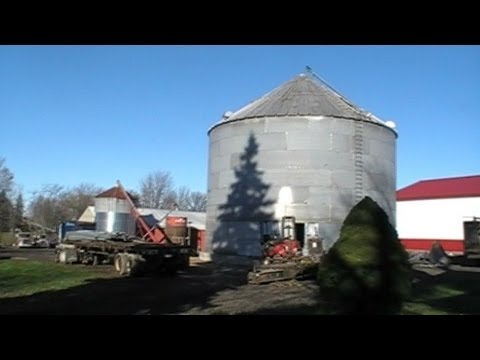 Building a Huge Corn Silo from Ground to over 30' A.N. Martin Grain Systems
