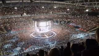 Gambar cover Someone like you - Adele (fancam 290617) fans sing along