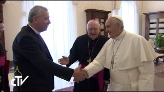 Right Reverend John Chalmers meets His Holiness Pope Francis.