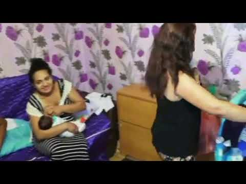 How to feed a baby - baby care & feeding - a healthy and cute baby - Mom & baby tutorial videos: 251