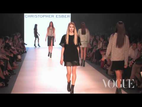 Download Youtube: The vogue.com.au runway at LMFF