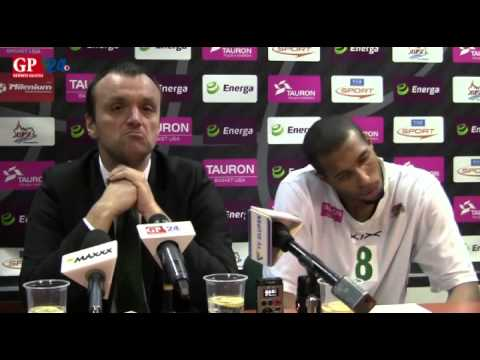 Mihailo Uvalin i Quinton Hosley po meczu z Energą Czarnymi Słupsk