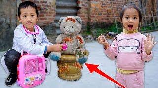 Trò Chơi Bé Nhím Giải Cứu Em Gấu Khỏi Cua Cắn - Bé Nhím TV - Đồ Chơi Trẻ Em Thiếu Nhi