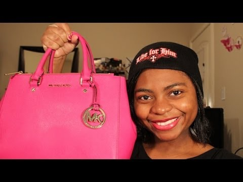 33f609592a372 What s In My Michael Kors Dressy Sutton Tote + Review - YouTube