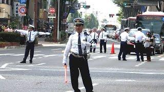 岐阜市信長祭り 武将隊のパレードと警察官の手信号による交通規制1 岐阜県警