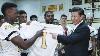 الرئيس شي يزور مدرسة لينكولن الثانوية في مدينة تاكوما