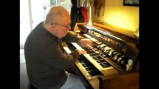 "Mike Reed plays ""A little Polka medley"" on the Hammond Organ"
