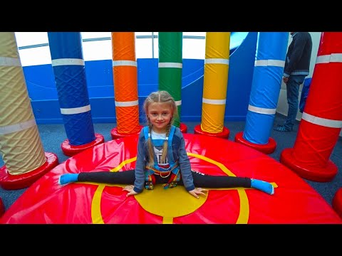 Indoor Playground For Children In Play Center | Ярослава на Скалодроме | Tiki Taki Kids