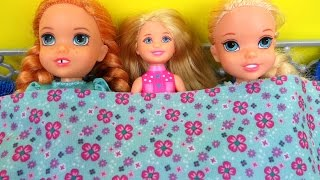 Baixar SLEEPOVER !  ELSA & ANNA toddlers - Chelsea Barbie