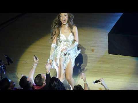 Thalia El Proximo Viernes Live Miami 9/30/2016 (2/8)