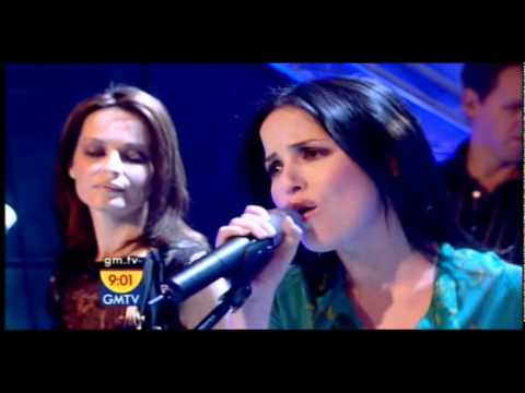 The Corrs - Long Night -Good Morning TV (2004)