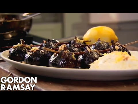 Caramelised Figs with Balsamic Vinegar, Rosemary and Ricotta - Gordon Ramsay