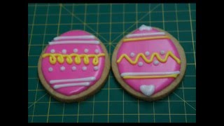 How to Make Sugar Cookies with Royal Icing
