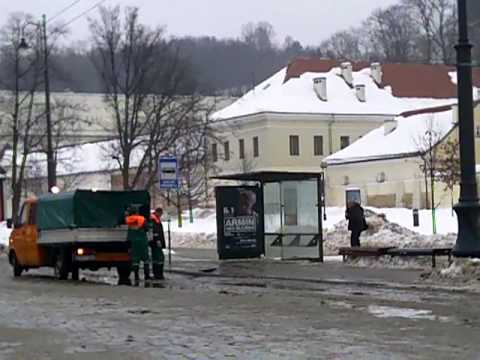 Weather in Vilnius, Lithuania, 2010 02 20, shower, street service on duty , plus 1 C from Oras TV