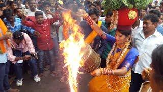 Jogini Kranthi at Secunderabad Bonalu 2017 l Secunderabad  Ujjaini Mahankali Bonalu 2017