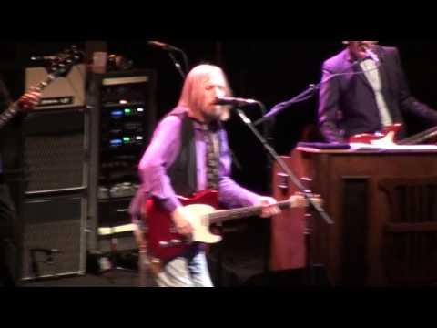 Tom Petty - (I'm Not Your) Steppin' Stone (Anaheim)