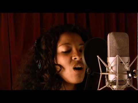 "Rachel Ratsizafy teaser nouvel album 2012 ""Out of this World"".mp4"