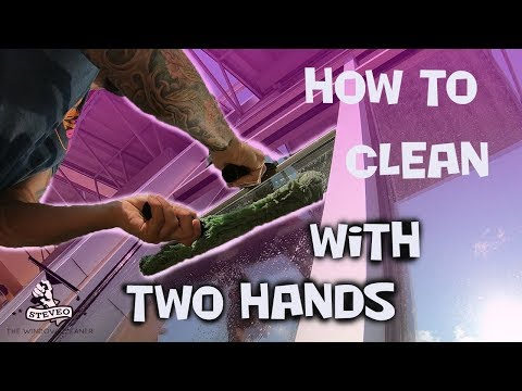 HOW TO CLEAN WINDOWS WITH TWO HANDS