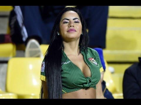 Sexy fanática boliviana en Copa America Chile 2015 Mayte Flores