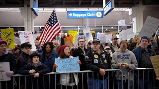 """Lawyers Urge Appeals Court Not to """"Unleash Chaos Again"""" by Reinstating Trump's Muslim Ban"""