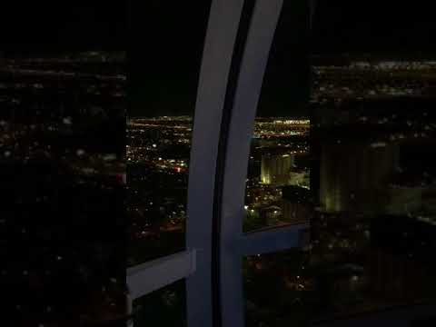 Las Vegas High Roller Ferris Wheel   Amazing Night Time View