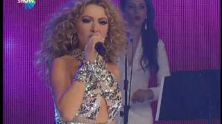 Hadise - Sil Baştan (Show TV 2012 Yılbaşı Konseri)