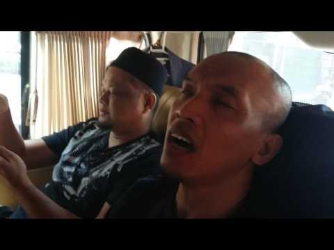 Jamming Bersama RAIHAN lagu Iman Mutiara  dalam Siar Santai Kota Bangkok