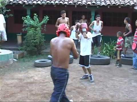 Escuela de Boxeo de Somotillo tendra su primer Belada Boxistica