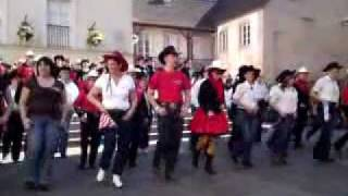 Grundy Gallop Music Box Country Show